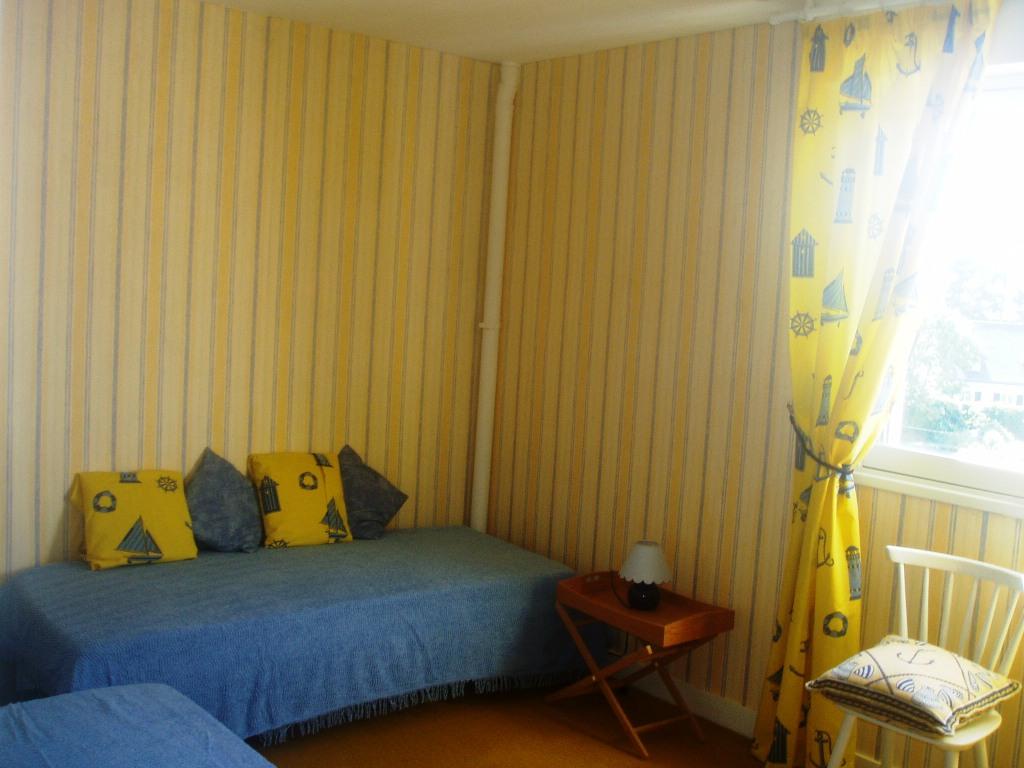 Une chambre à 3 personnes